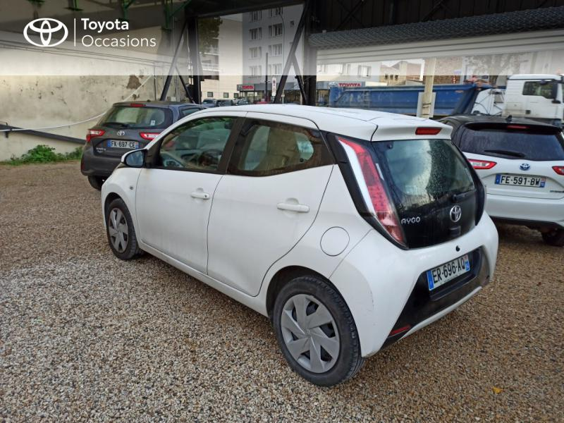 2017 Toyota Aygo - ARCUEIL ÎLE-DE-FRANCE - Citadines Blanc 1.0 VVT-i 69ch x-play x-shift 5p - COLIN TEAM TOY Arcueil