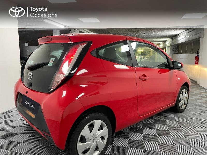 2017 Toyota Aygo - LE CHESNAY Ile-de France - Citadines Rouge Chilien 1.0 VVT-i 69ch x-red 3p - VAUBAN MOTORS Le Chesnay